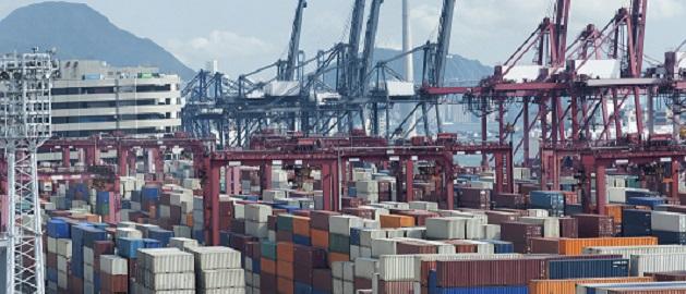 In Häfen wie diesem sind immer mehr deutsche Unternehmen unterwegs: China ist mit Abstand der wichtigste Handelspartner in der Region Asien-Pazifik.