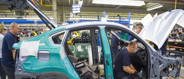 In der Automobilbranche ist die Zusammenarbeit zwischen OEMs und Automobilzulieferern eng getaktet.