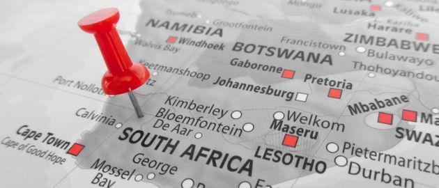 Der Einkauf in dem südafrikanischen Land wird durch Streiks und Stromausfälle behindert.
