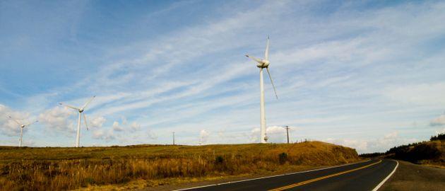 Erneuerbare Energien steigern die Energieeffizienz und die Unabhängigkeit zu den Netzbetreibern.