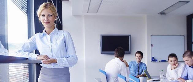 """Top-Arbeitgeber: Für über ein Drittel der Frauen zählt die """"Corporate Social Responsibility"""" zu den wichtigsten Eigenschaften eines attraktiven Arbeitgebers."""
