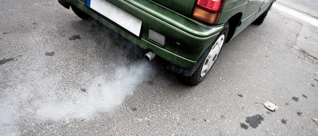 Hier hoher CO2-Ausstoß aber hohe Nachfrage, bei den Elektroautos ist es umgekehrt der fall.