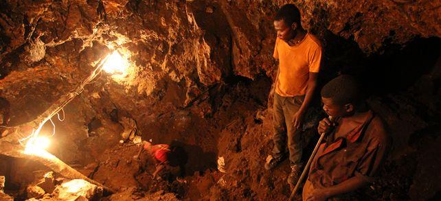 CSR in der Lieferkette: Gerade in Minen in Entwicklungsländern sind die Arbeitsbedingungen oft schlecht.