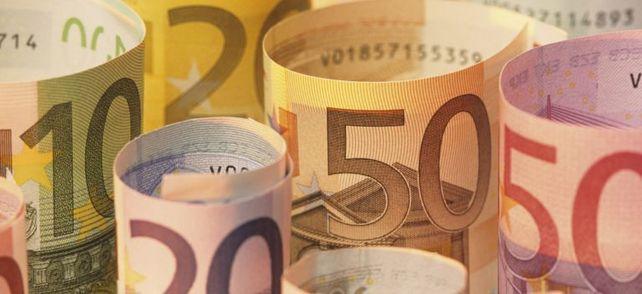 Wo in Deutschland gibt es das höchste Gehalt und zu welcher Branche müssen Sie gehen, um richtig Geld zu scheffeln? Finden Sie es heraus! Mit dem großen MuM-Gehaltsquiz.