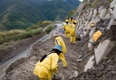 Straßenarbeiten in Kolumbien.