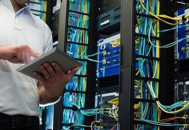 Je nachdem in welcher Berufsgattung der IT-Branche Sie arbeiten kann Ihr Gehalt stark variieren.