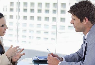 Bei einer Gehaltsverhandlung sollte einzig und allein die Leistung des Mitarbeiters eine Rolle spielen.