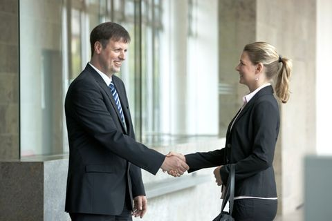 Arbeitgeberwahl: Mittelständler müssen sich besser verkaufen.
