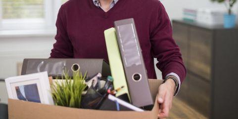 Arbeitsverträge können falsche Klauseln und andere Fehler zugunsten des Unternehmens enthalten, doch Vorsicht bei der Kündigung, das kann sich rächen.