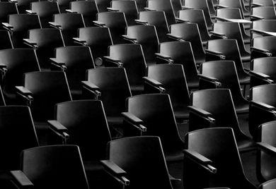 Leere Hörsäle: Der Fachkräftemangel ist aktuell die größte Herausforderung für Mittelständler.