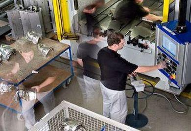 Stahlbasierte Güter und Isoliermaterialien sind bei Thermax im Einkaufsportfolio.