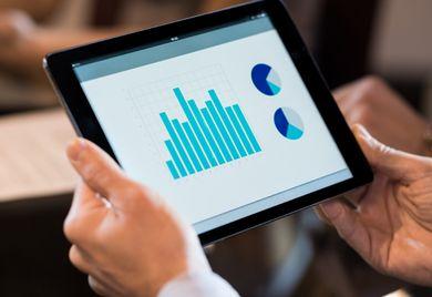 App statt Filiale: Fintechs verbinden Finanzierungsthemen mit moderner Technologie. Aber werden sie traditionelle Institute irgendwann ersetzen?