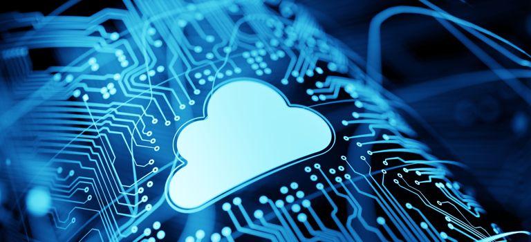 Verlagerung der Daten in die Cloud: Vernetzte Produktionsmaschinen arbeiten effizienter.