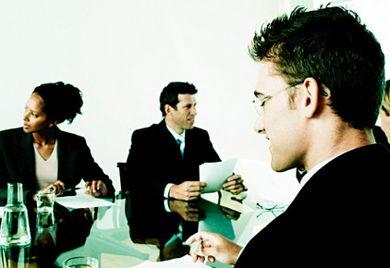 Achtung Kontrolle: Das GmbH-Gesetz sieht die fakultative Bestellung eines Aufsichtsrates vor.