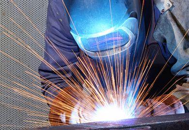 Schwerstarbeit: In der Stahlbranche hat betriebliche Altersversorgung einen hohen Stellenwert.