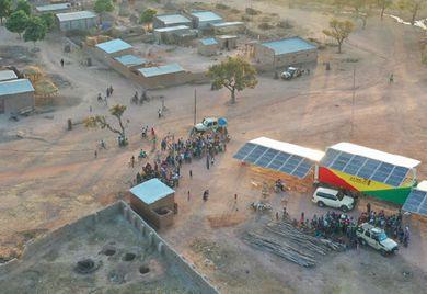 Elektrisierte Dörfer: Auch dank einer Investitionsgarantie kann Africa Greentec in Mali Solarstrom verkaufen.