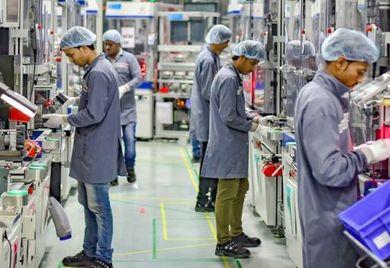 """Hightech als Standard: Deutsche Industrieprodukte sind oft ausgeklügelt und komplex. Kunden in Schwellenländern haben dafür teils keine Verwendung und bevorzugen """"frugale"""" Technologien."""