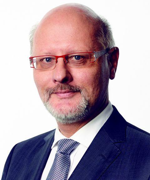 Detlef Specovius ist Fachanwalt für Insolvenzrecht bei Schultze & Braun