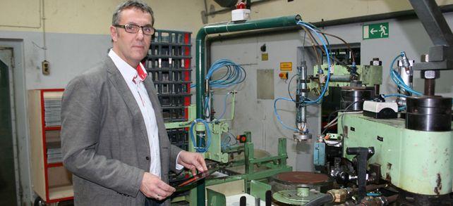 Retro ist in: Holger Neumann profitiert mit seiner Schallplattenfabrik vom Vinyl-Boom bei Musikliebhabern.