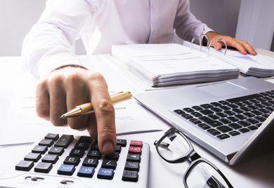 Viel Aufwand: Durch die Reduzierung der Mehrwertsteuer müssen Unternehmen ihre Rechnungen und betrieblichen Abläufe anpassen.
