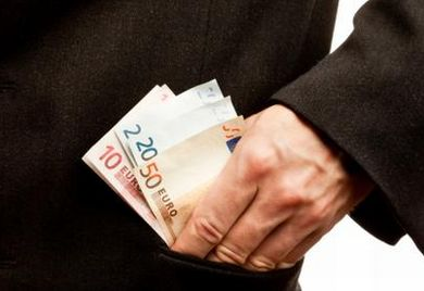 Managergehälter werden in Zukunft vom Aufsichtsrat gedeckelt.