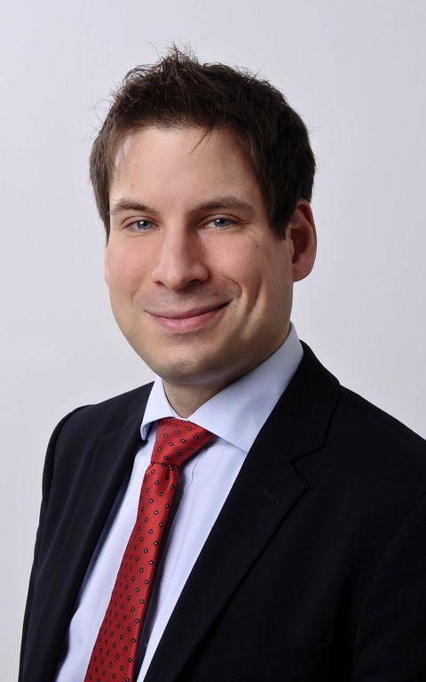 Dr. Philipp Asbach ist Rechtsanwalt bei SKW Schwarz Rechtsanwälte in Hamburg.