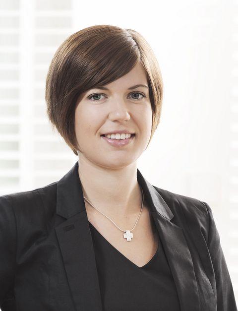 Kathrin Fetsch ist Rechtsanwältin im Münchner Büro der Wirtschaftskanzlei LUTZ | ABEL und auf Arbeitsrecht spezialisiert.