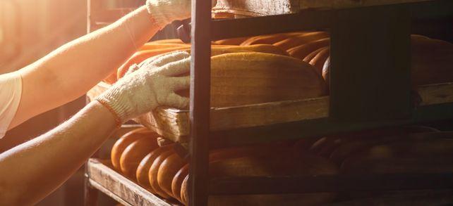 Von anderen Branchen lernen: Der Produktionsleiter des Glasherstellers Wetzlich arbeitete zuvor in einer Großbäckerei.