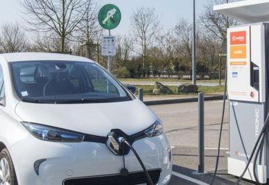 Elektro-Fahrzeuge wie der Renault Zoe haben keine Probleme mit der Blauaen Plakette.