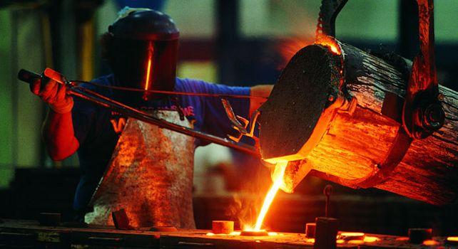 Dreieinhalb Millionen Beschäftigte: Im Dezember 2017 läuft der Tarifvertrag in der Metall- und Elektroindustrie aus.