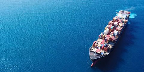Günstige Rohstoffe: Ein strategischer Einkauf kann die Materialkosten deutlich senken.