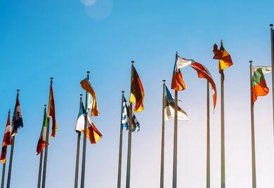 Internationale Zusammenarbeit: Mit dem neuen, EU-weiten Transparenzregister will der Gesetzgeber Geldwäsche und weitere Straftaten unter Ausnutzung des globalen Finanzsystems vermeiden.
