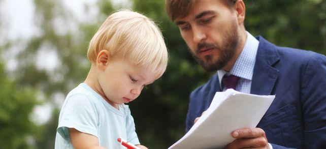 Das wird nach der Unterschrift alles dir gehören. Aber was, wenn kein Familienmitglied zur Verfügung steht?