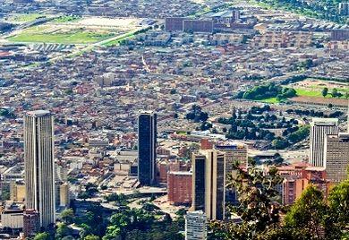 Die Kolumbianische Regierung will bis 2021 rund 100 Milliarden Dollar in den Ausbau der Infrastruktur stecken.