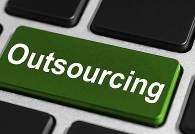 Outsourcing im Einkauf: Hauptziel ist eine Reduzierung der administrativen Tätigkeiten im Einkaufsprozess sowie eine Optimierung der Produktkosten.