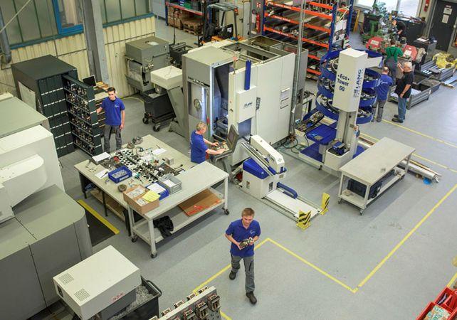 Investitionen: Blick auf den Maschinenpark bei Blaesing