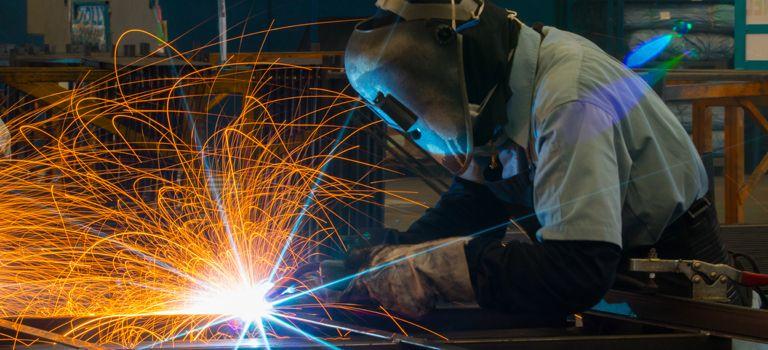 Das Herzstück der deutschen Industrie ist nach wie vor die Stahl- und Metallbranche, die im internationalen Vergleich vor allem bei Edel- und Hochleistungsstähle mit Qualität punkten kann.