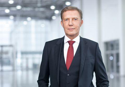 Jürgen Abromeit ist Vorstandsvorsitzender der Holding Indus.