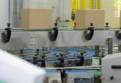 Ob ein Produkt unter die Dual-Use-Regeln fällt, können Mittelständler vor dessen Export anhand von Güterlisten prüfen. Nach Inkrafttreten der geplanten Reform würde die Abwicklung komplizierter.