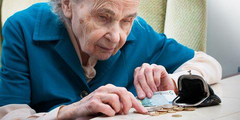 Wer in der Jugend spart, muss im Alter nicht darben: Eine bAV kann dabei helfen.