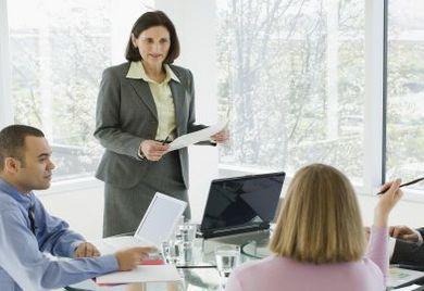 Immer mehr Mittelständler erkennen die Vorteile von Gender-Diversität. So geben bereits 65 Prozent von ihnen an, dass sie Frauen als Führungspersonal beschäftigen.