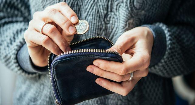 Mehr im Geldbeutel: Ab 2017 steigt der Mindestlohn um 34 Cent auf 8,84 Euro.