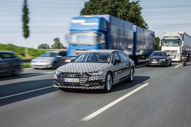 Wer fährt autonom durch Tag und Wind? Es ist Audis Erlkönig ... doch wo fährt er hin?