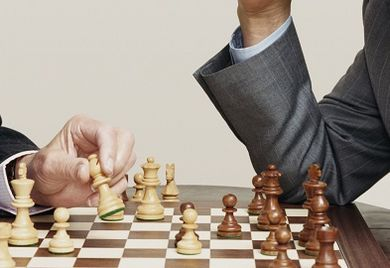 Kündigungen nach Umstrukturierung: Wer die Spielregeln kennt, kann einen Schritt voraus sein.