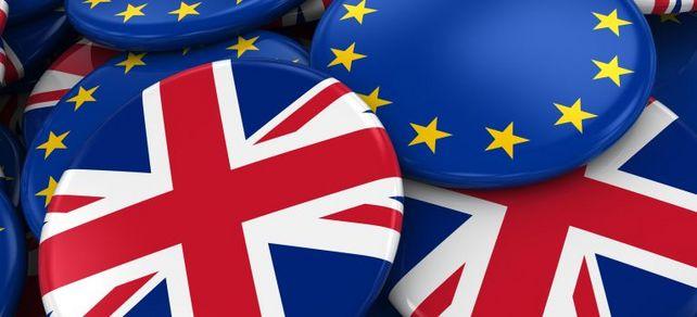Badges for Brits: In Großbritannien aktive Mittelständler müssten nach dem Brexit Visa und Arbeitserlaubnisse beantragen.