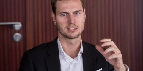 """""""Versicherungen sind kein Lifestyleprodukt"""": Florian Brokamp, Gründer und CEO von Gewerbeversicherung24 in Frankfurt am Main"""