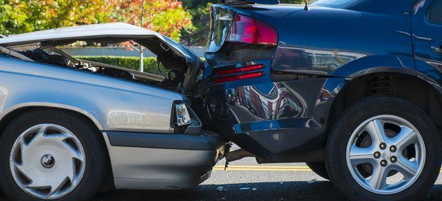 Großer Blechschaden: Wann Fuhrparkverantwortliche bei Unfällen haften.