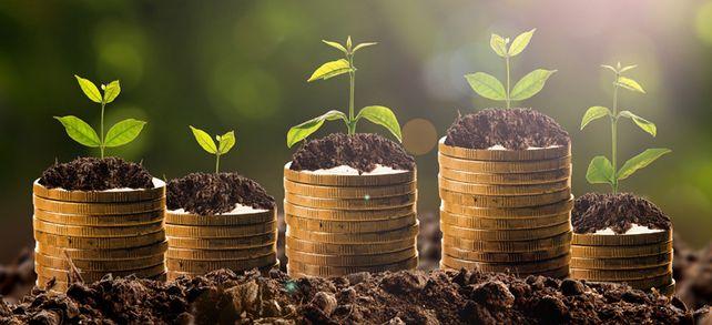 Flüssig bleiben heißt weiter wachsen: Es reicht längst nicht mehr aus, die Zinsen zu vergleichen und den günstigsten Anbieter zu wählen, um Investitionen zu finanzieren. Stattdessen setzen immer mehr Unternehmen auf einen Finanzierungsmix.