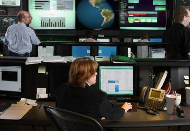 IT-Sicherheitszentrale: Auch für IT-Outsourcing drohen gefahren durch Hacker.