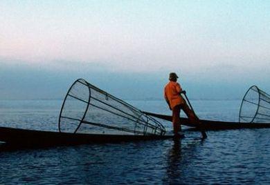 Diese Fischer aus Myanmar hätten es nicht leicht in Deutschland - heute wie vor 900 Jahren zu Zeiten der Fischerszunft von Worms.